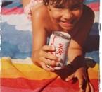 alors ca c'est moi quand j'etais petite j'adore cette photo!