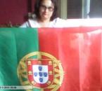 moi avc mon drapeau du portugal