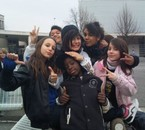 LES POTOO OO COLLEGE !