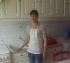 ma chérie dans la cuisine
