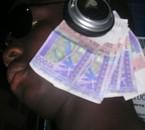 l argent me sort part les ports
