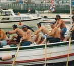 """avec les """"pirates"""" une course de bateaux..."""