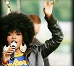 LAURYN HILL ... AFRO MODE ...