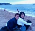 ma fille et moi en Espagne.. pas de soleil  sniff