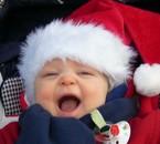 Mon cousin flavien...qui vous souhaite le joyeux Noël!