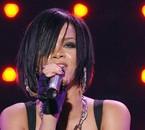 Rihanna-009