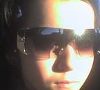 super star = moi avec mé lunettes de soleil !!!!lol ;-)