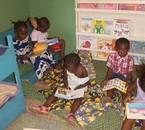 les enfants africain a l'école