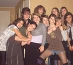 Photo de groupe à mon anniv.Tro Dlire!! j'oublierai jamais!!