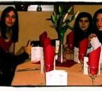 les femmes de ma vie:moi lool celine, stef, et julie.bisous