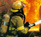 hommages a tous les pompiers du monde, quel beaux métier !