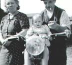 Ses grands parents