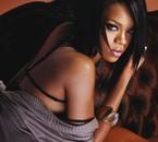 Rihanna-002
