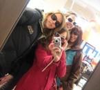 Mélye,Marie,Ikram && moi.