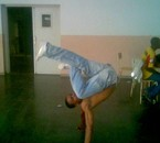 moi en mode breakdance