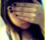 Mes beaux Ongles jaunes =)