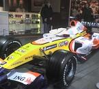 Voiture F1 (Fernando Alanso) quand j'v à Paris jla pren t lt