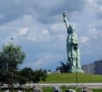 Sculpté par Auguste Bartholdi(colmar)(armature G. Eiffel)