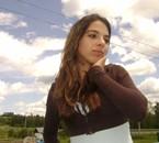 La tête dans les nuage :) ( L )