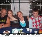 mon papa , moi , ma maman et mon frère