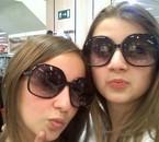 Laura & mOii .. =p