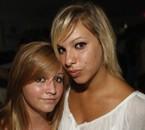 LAURA & SARAH (LL) .