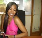 Jessye Belleval dans les studios d'RJL Radio à la REUNION