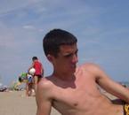 a la plage avec un ti coup de soleil lol