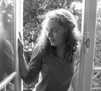 Réflection dans la fenêtre