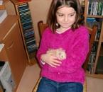A 8 ans ...mdr'. Mon ptit Caramel dans les bras.