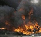 irak   bruler  vif  dans une raide  aerien