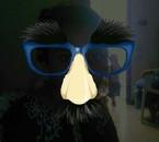moi avec de gros lunette