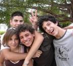 Amélie, Cédric, Christophe et moi derrière