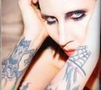 """""""Manson"""" ptn si cétait une fille jaurai ps raté loccas"""