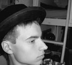 essayage de chapeau miteux =D