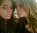Ma Jumelle && moi ( Moi Brune elle Blonde )