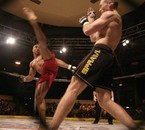 UFC combat de Free fight en cage