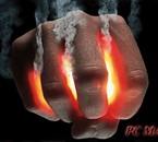 je suis comme une main tenant le feu