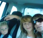 mes deux nieces et mon neveux