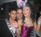 Britany et Mister Cupidon au Mykonos ...