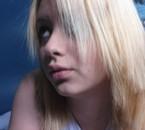 Moua --> Blonde *