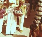 Rosine en procestion avec ses deux fifs