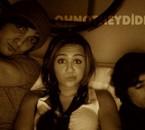 Miley , Justin et un ami