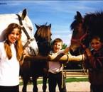 Coquette et moi le jour de mon Galop 1 en 2002 =D