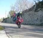 une autre de mes passion la moto,,,,  juste av la reprise!!