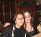 Marie-anne a gauche et Amandine a droite deux filles adorabl