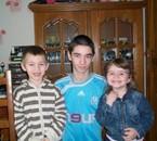 moi et mon cousin matthias et ma cousine annais
