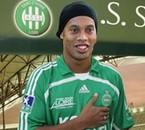 Ronaldinho est la nouvelle recru de asse =)lol