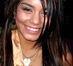 fan de vannessa anne hudgens