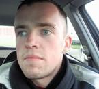Moi, avec un nouveau perçing (Mars 2009)